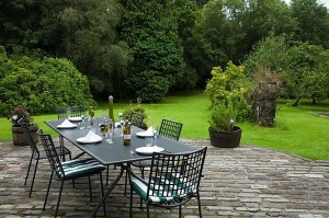 37 Garden Outdoor dining